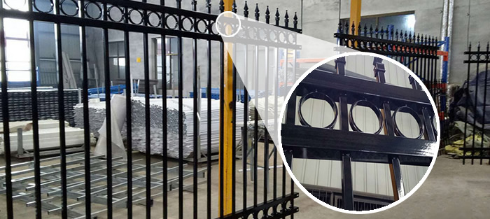 Black Powder Coated Picket Fence Railings with Spear Top